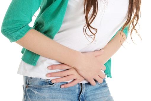 Comment guérir, soulager, traiter une colite infectieuse estomac avec des huiles essentielles ? Se soigner des problèmes d'estomac ventre naturellement remèdes grand mère avec des huiles essentielles bio.
