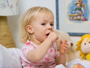 Prévenir d'une bronchite chez l'enfant avec les huiles essentielles