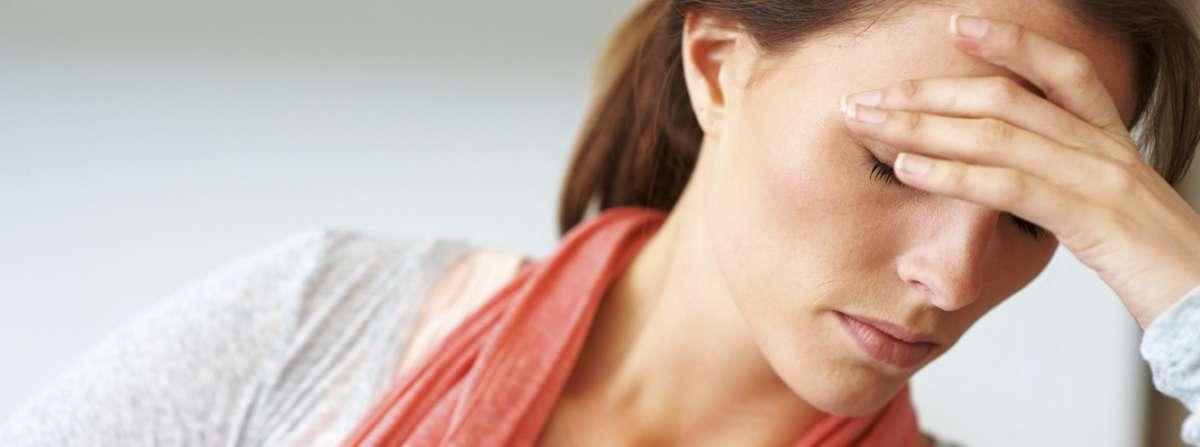 Comment guérir soigner un choc émotionnel ? Comment guérir se soigner d'un traumatisme ou choc huiles essentielles.