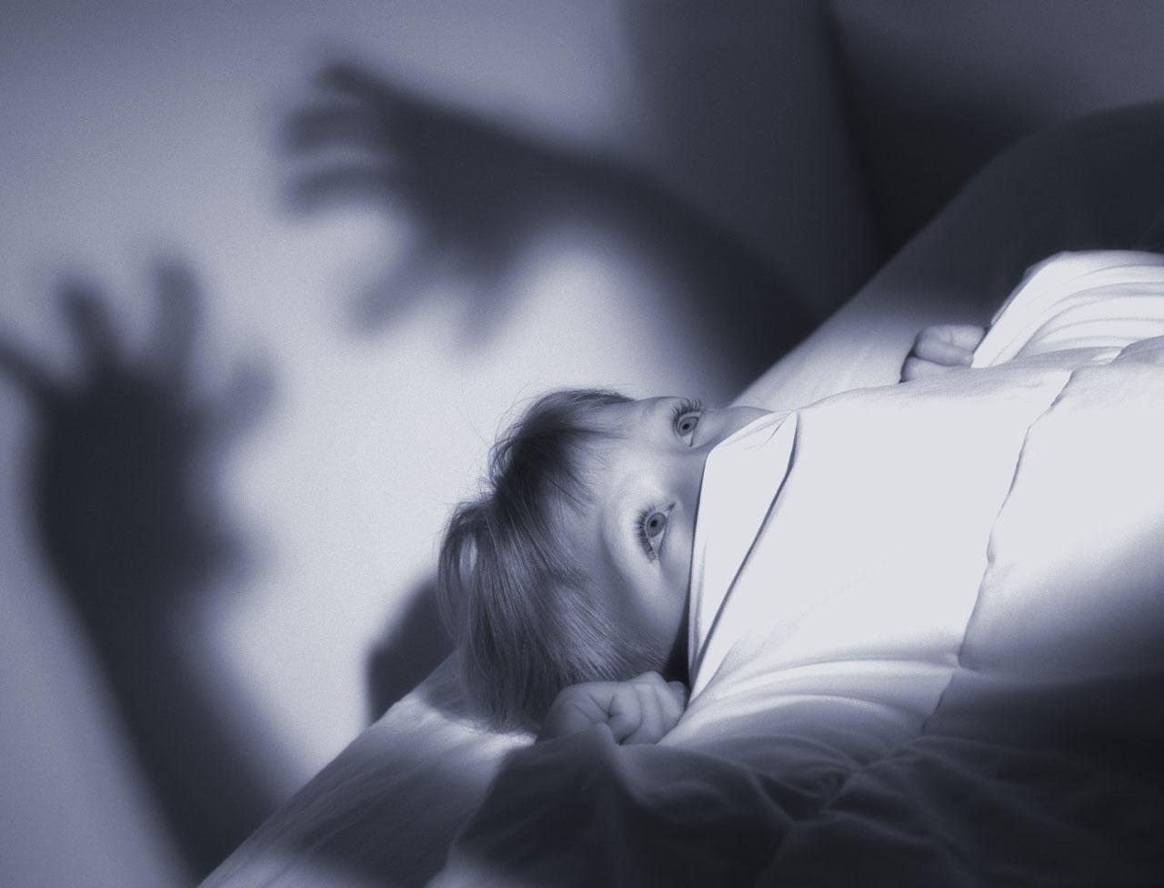 Se soigner comment arrêter de faire des cauchemars avec des huiles essentielles ? Comment ne plus faire de cauchemars ? Eviter les cauchemars